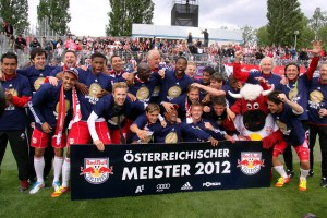 FC_Red_Bull_Salzburg_-_Champion_of_the_Austrian_Football_Bundesliga_2011-12_(01)